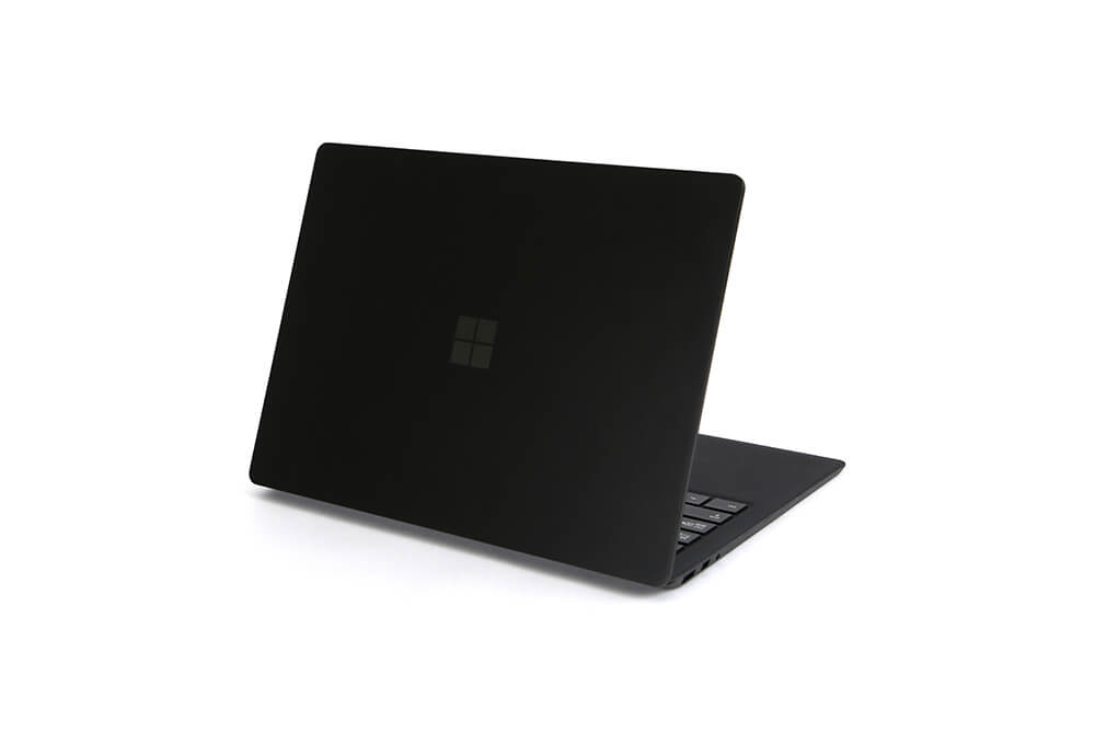 「Surface Laptop2」背面立ち上げ画像6