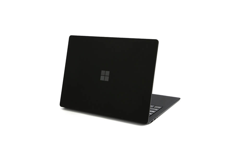 「Surface Laptop2」背面立ち上げ画像9