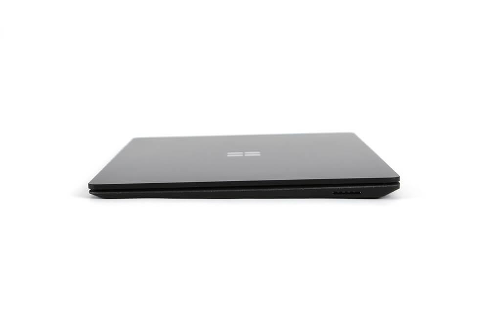 「Surface Laptop2」側面画像左