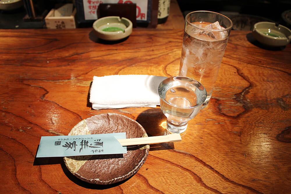 極上の日本酒と一杯のお水
