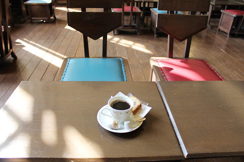 コーヒーを飲むだけで異国情緒